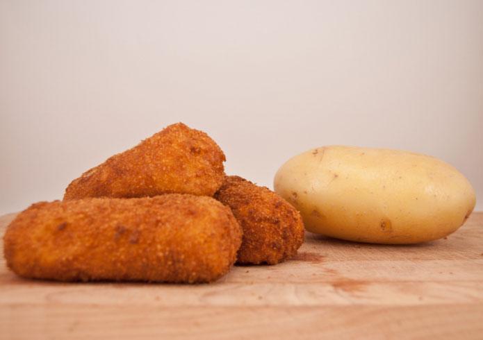 recette italienne croquettes de pommes de terre crocch di patate. Black Bedroom Furniture Sets. Home Design Ideas