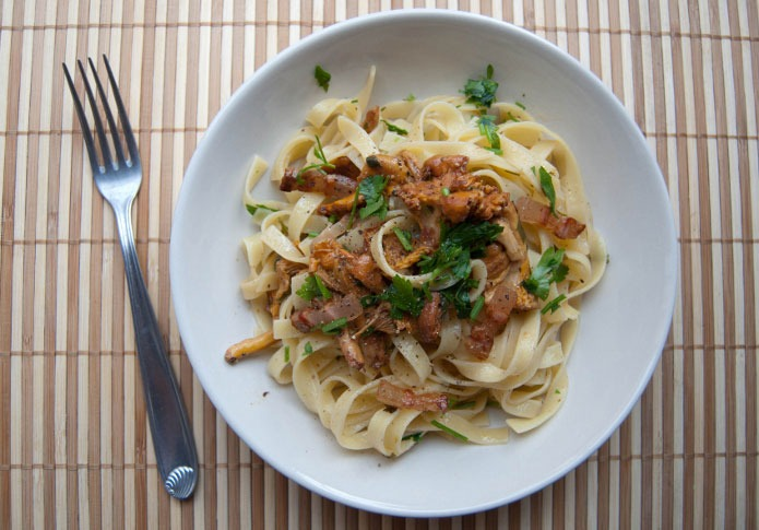 Recette italienne tagliatelle girolles et pancetta