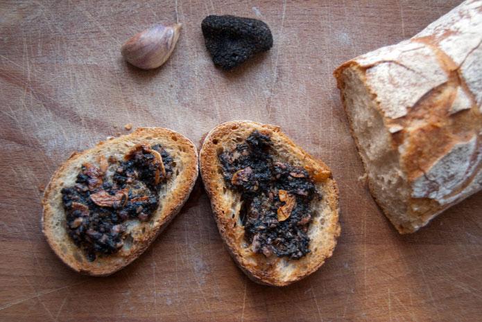 Recette italienne bruschetta à la truffe